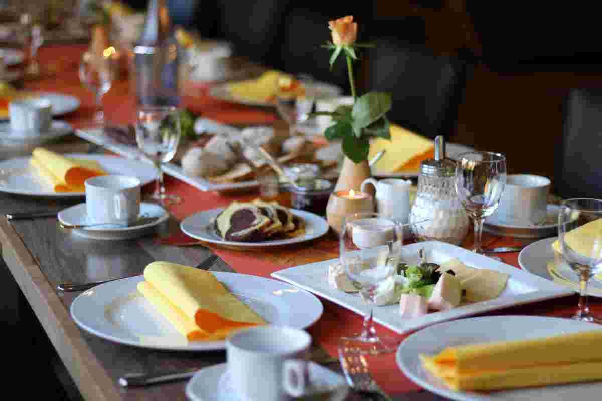 Bergische Kaffeetafel im Restaurant Eimermacher in Engelskirchen