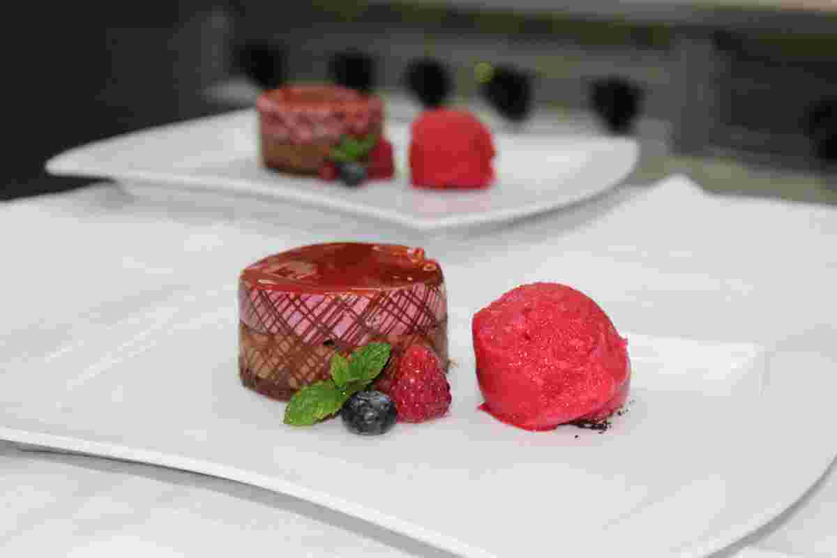 Selbstgemachtes Eis, Himmlisches Dessert, Restaurant Eimermacher